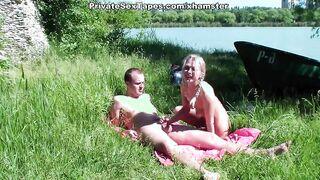 Pareja rusa de Krasnodar se la follan en la orilla del río
